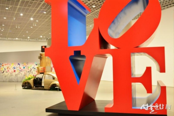로버트 인디애나(Robert Indiana), LOVE..jpg